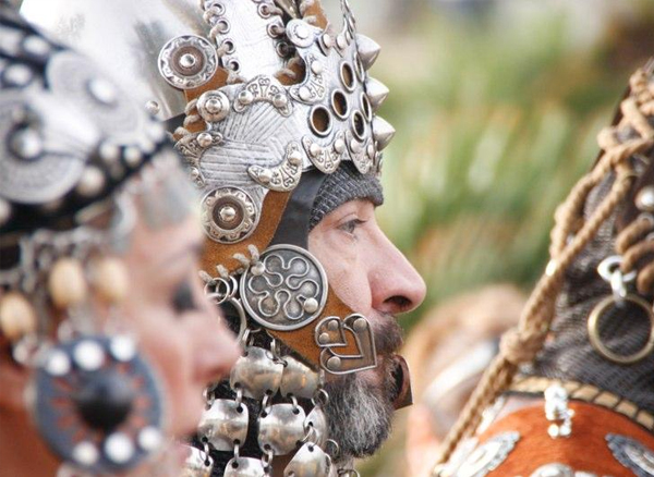 Moros y Cristianos El Campello Desfiles