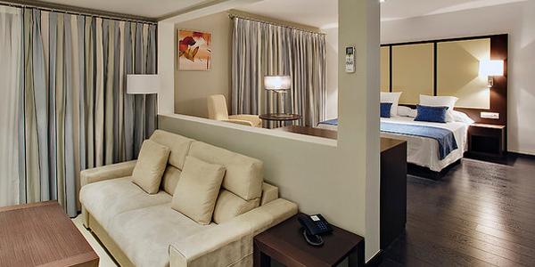 Interior apartamentos en Pueblo Acantilado Suites