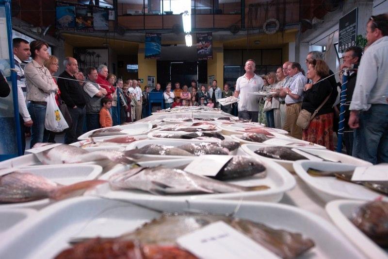 Subasta de pescado al publico