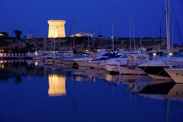 Puerto de El Campello y Torre de La Illeta